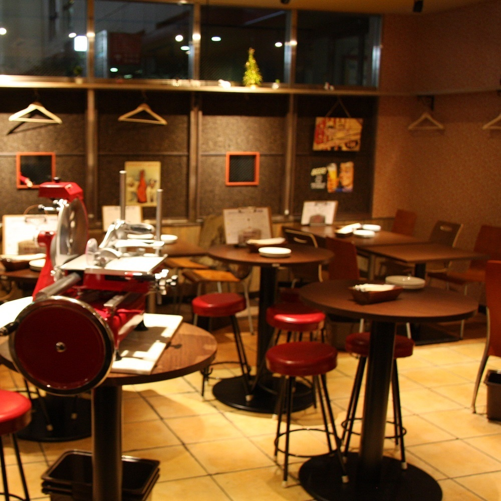 Spacious shop ♪ Perfect for dating in stylish interior ♪
