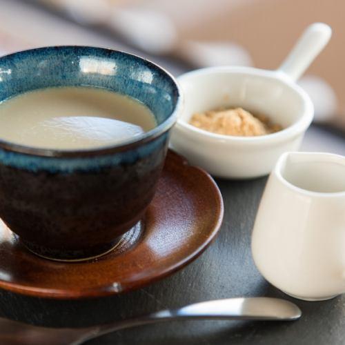 """京都やまちや""""なたまめ茶""""の豆乳プリン"""