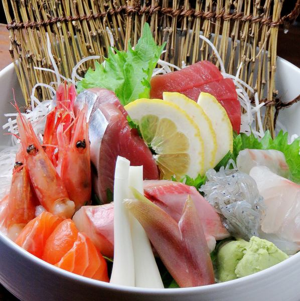 Today's direct fresh fish! Assortment of sashimi