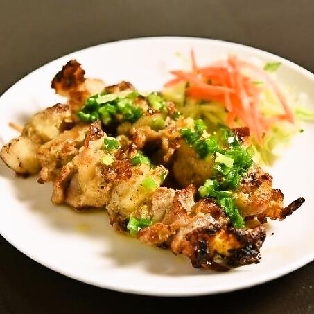 豚肉の串焼き 2P