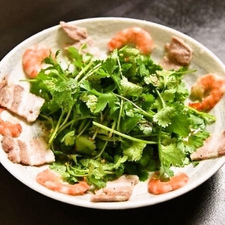 パクチー海老のサラダ レギュラー (2~3人前)