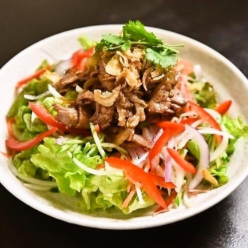 Stir-fried beef vegetable salad regular (2 to 3 servings)