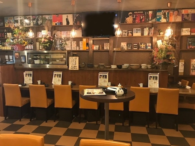 The front desk of the counter seat which made various tastes will not make you get bored! Because there is a TV, people who are not good at drinking alone are also relieved ◎ Please come and get drunk in the atmosphere ♪