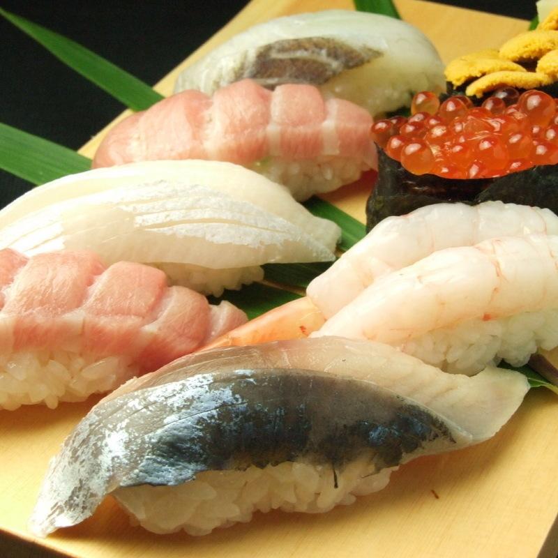 寿司盛合せ