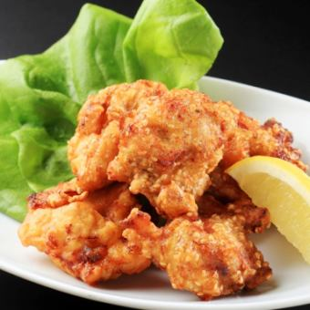 Deep-fried young chicken / specialty! Chicken Namba