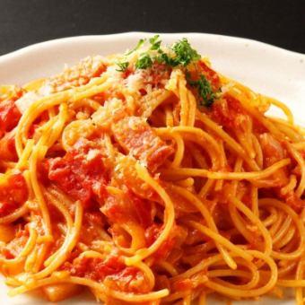 培根的番茄酱意大利面/日式意大利面