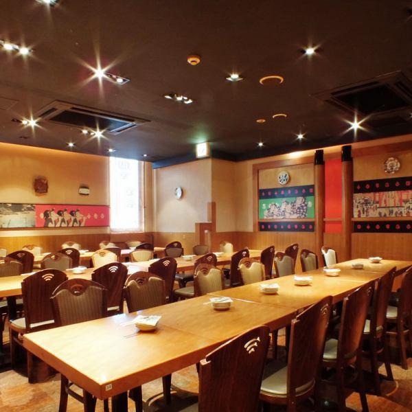 落ち着いた座敷・テーブル席で日本全国より取り揃えた種類豊富な【旨い酒】と拘り抜いた料理をお楽しみくださいませ♪