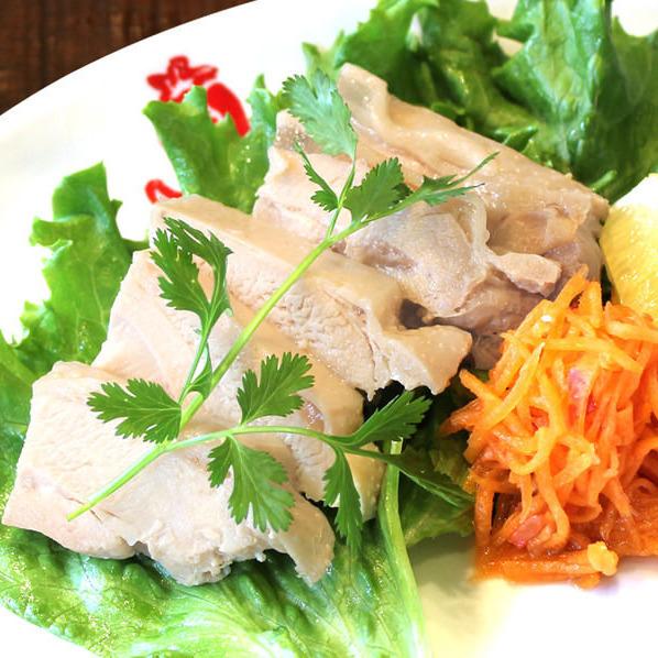 Vietnamese birdland (steamed chicken with gomersadare)