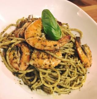 Genovese passed to South America ~ With garlic shrimp ~