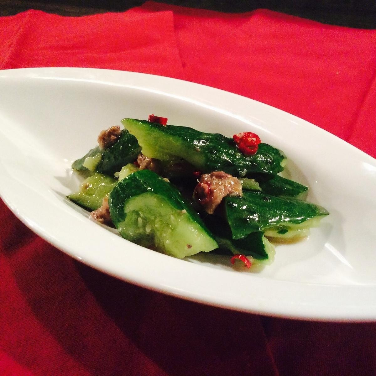 Tataki黄瓜用鲥鱼