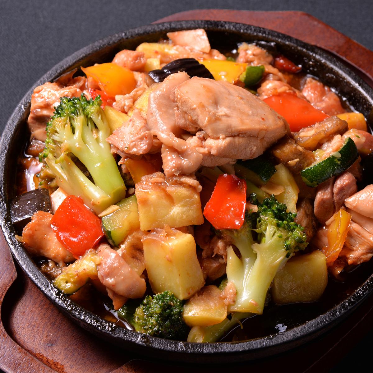 櫻島雞肉大蒜鐵板