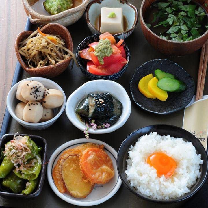 充满日本风味的经典食物 - 考虑健康的均衡饮食〜