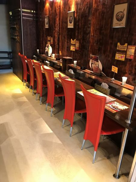 A stylish interior is comfortable full scale! Because there are table seat and counter seat, you can enjoy meals in group as well as one person