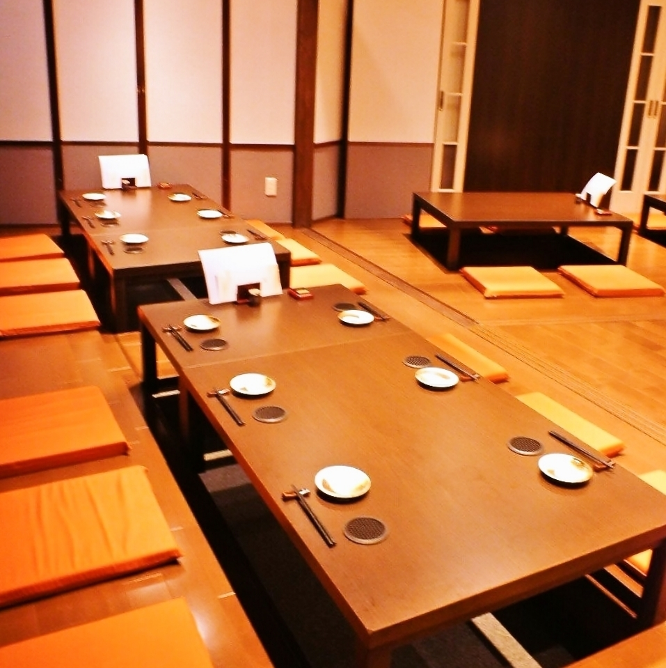 【Medium ~ large group banquet is this seat!】 Diggered seats can be partitioned with roll curtains.We will propose various private rooms according to the number of people!