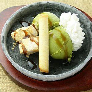 鉄皿 파르페 (黒蜜和 파르페 과일 파르페 초코 바나나 파르페)