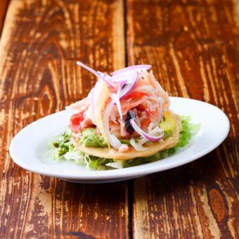 海鮮メキシコの冷製トスターダ