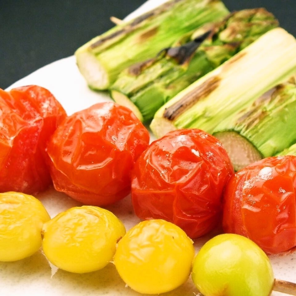 Asparagus skewers / Mini tomato skewers, Lemon skewers