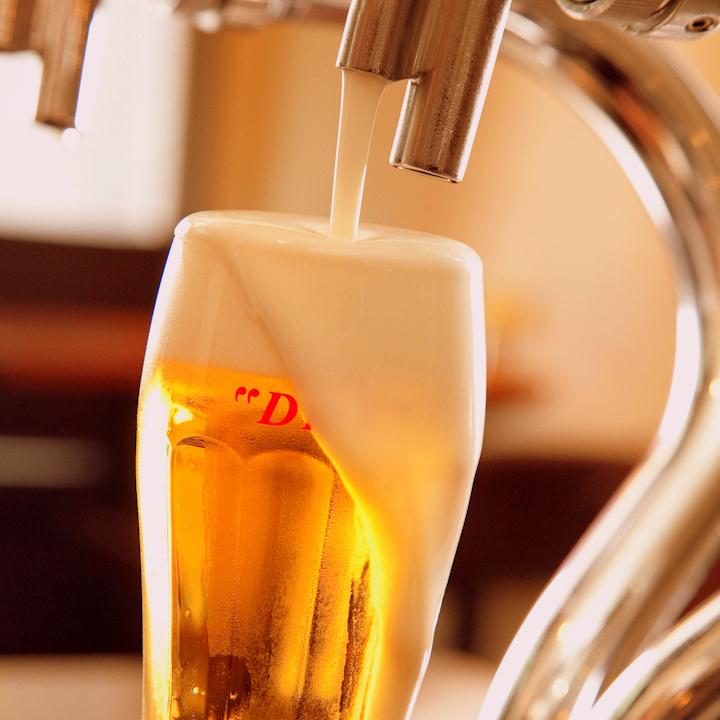 生啤酒伸出!!