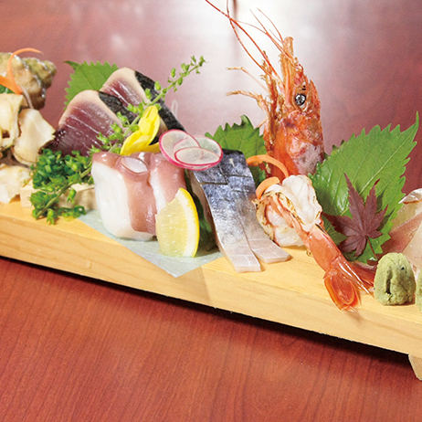 Five kinds of sashimi in winter (2-3 servings)