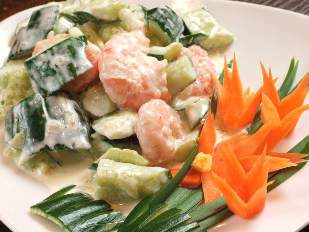 Squid and cucumber spicy prawn / shrimp and cucumber mayonnaise