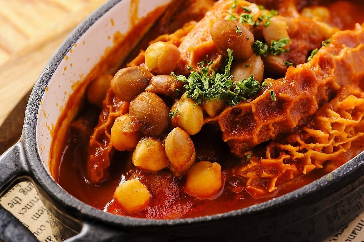 トリッパーとひよこ豆のトマト煮