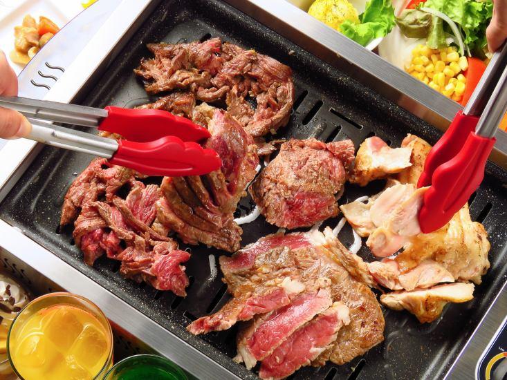 お肉食べ放題&お酒飲み放題で大満足の一日をお過ごし頂けます!