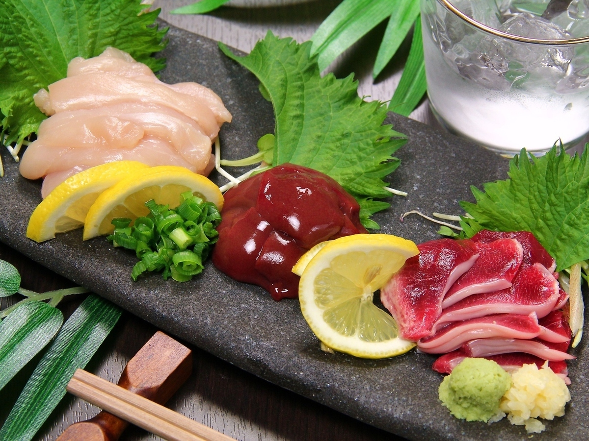Assorted sashimi of the field chicken