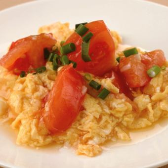 Stir-fried tomato and egg on high heat