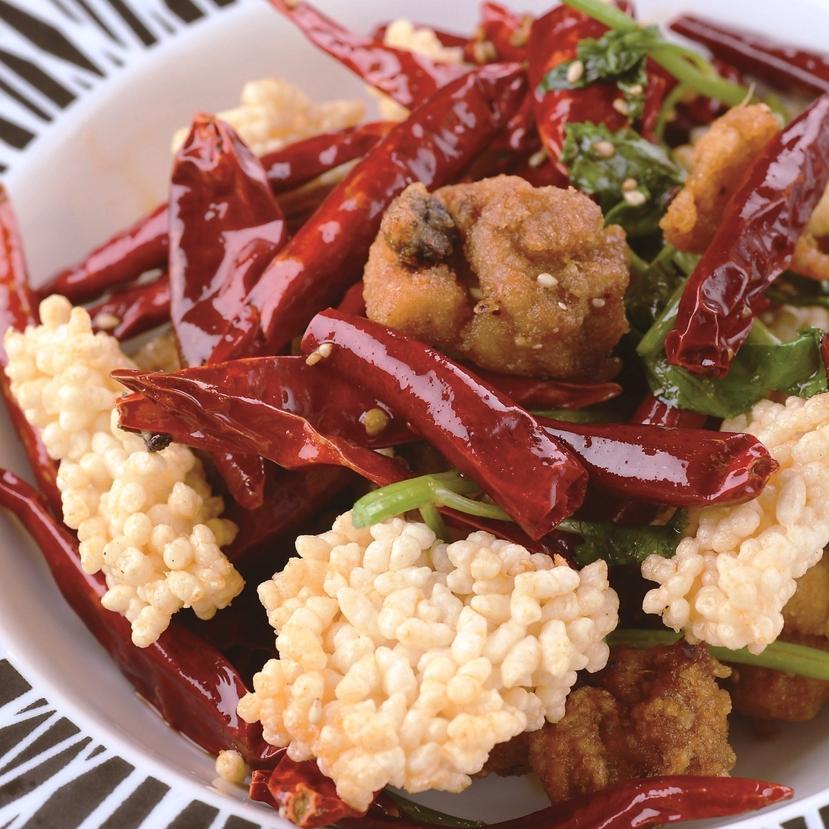 鶏と四川唐辛子の激辛炒め