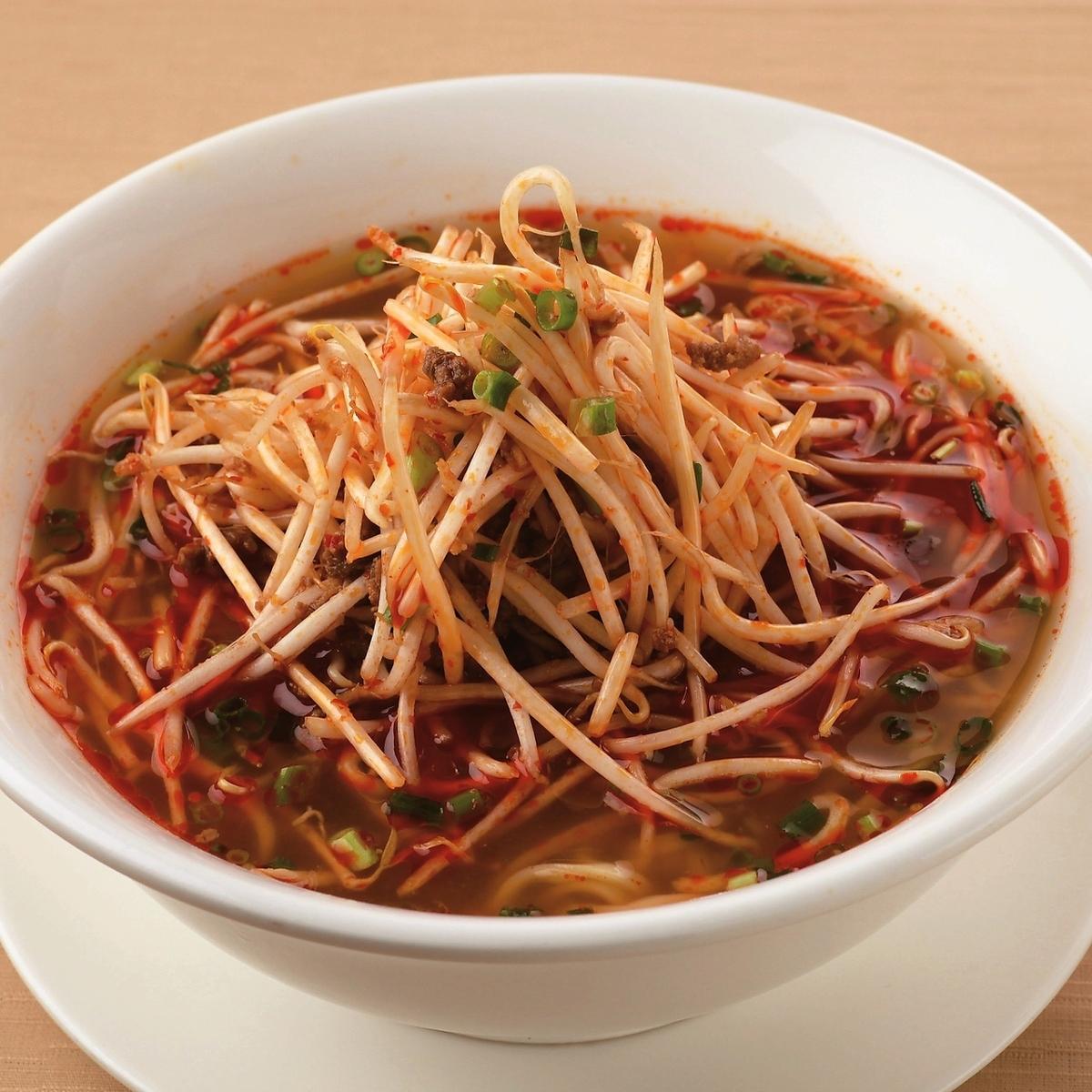 마늘이 들어간 붉은 식초 콩나물라면