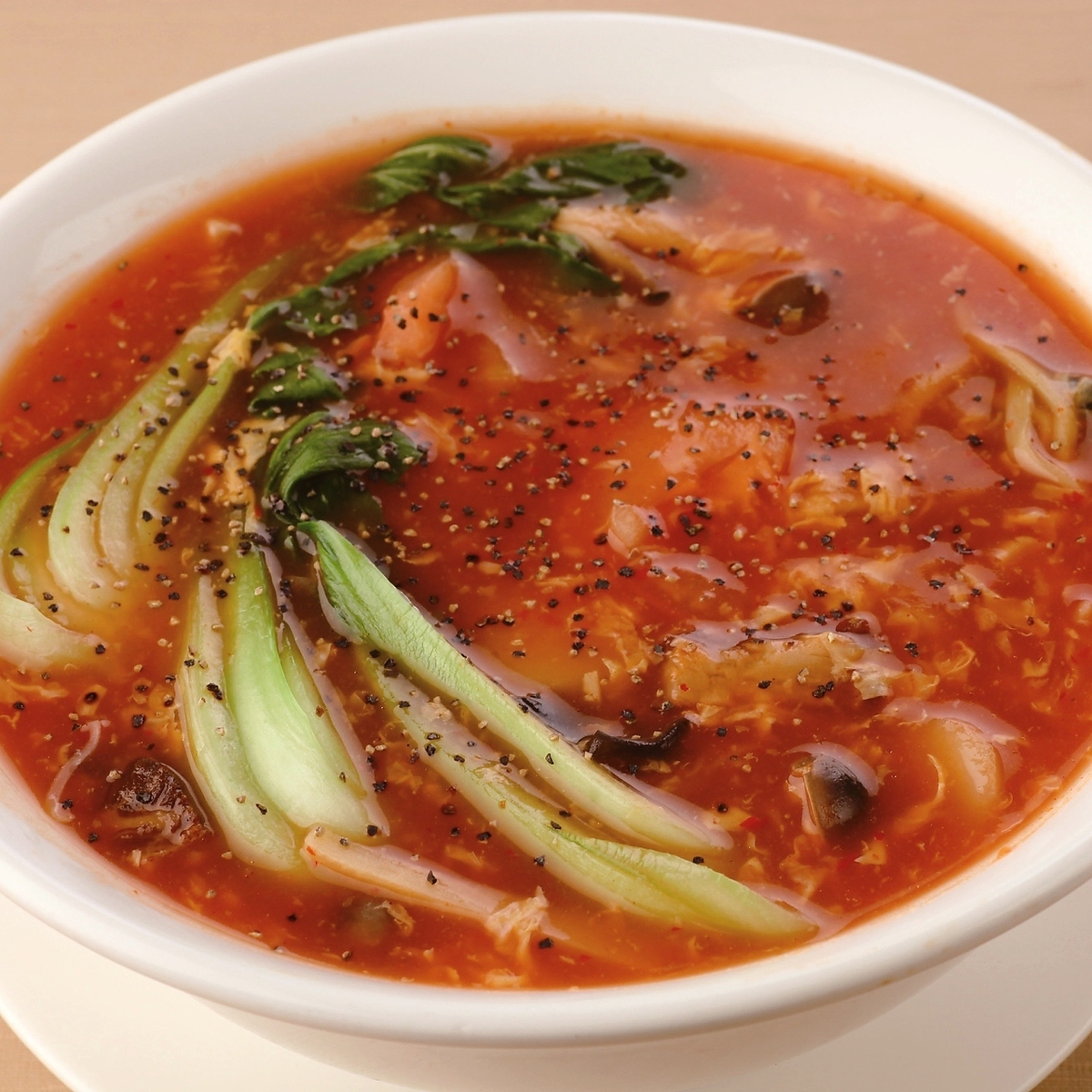 Tomato vegetables Cantonese noodles