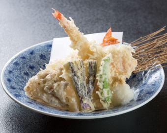 大海老入り天ぷら盛合せ