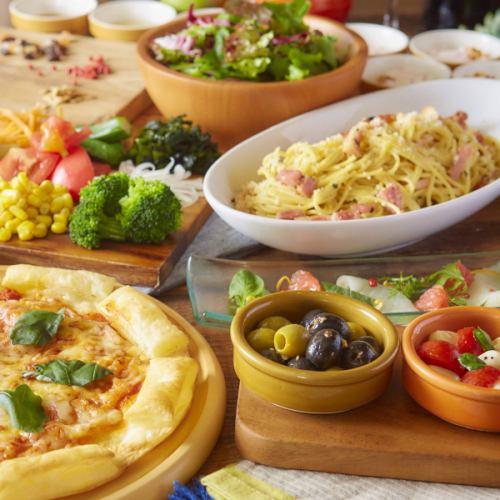 主要肉类意大利面·肉类菜肴★饮料·带«标准午餐套餐»的沙拉吧1480日元