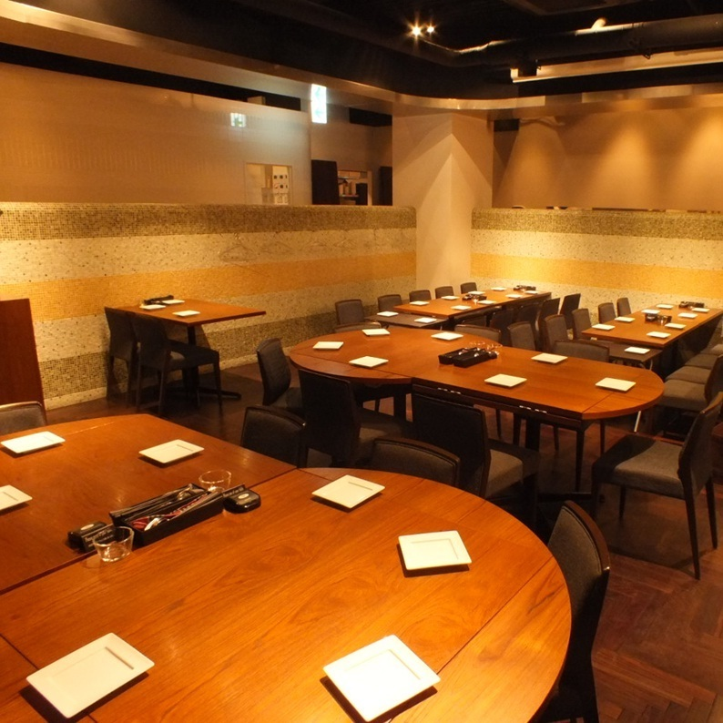 30 seats up to 50 seats !! It can be used so extensively ♪ Alumni associations and important societies are the perfect scenes for the party to be held together.