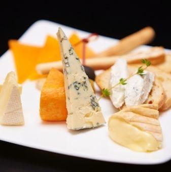 チーズの盛合せ