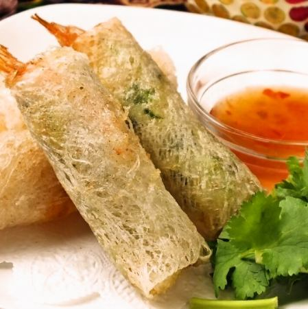 Two types of seafood fried spring rolls