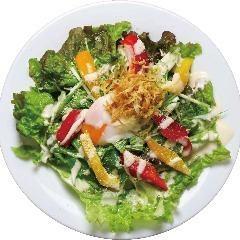 Caesar Salad 温玉シーザーサラダ