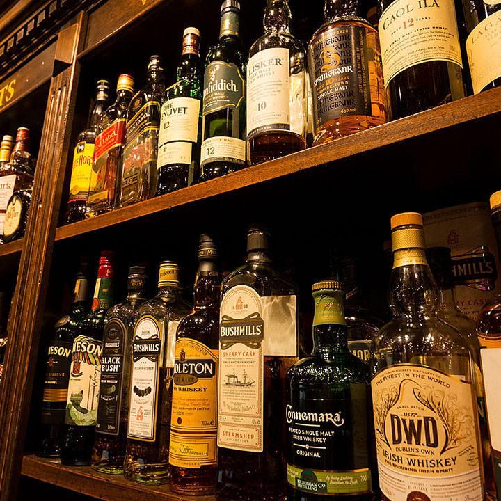 世界中のウイスキーが100種類以上 ♪限定ウイスキも♪
