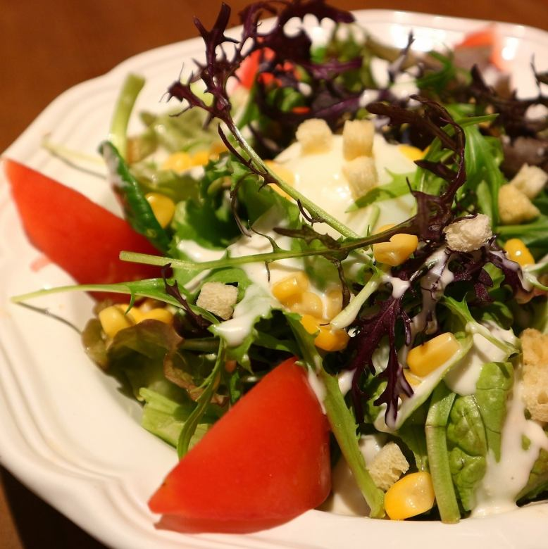 KadoTsumoru plantation of Caesar salad
