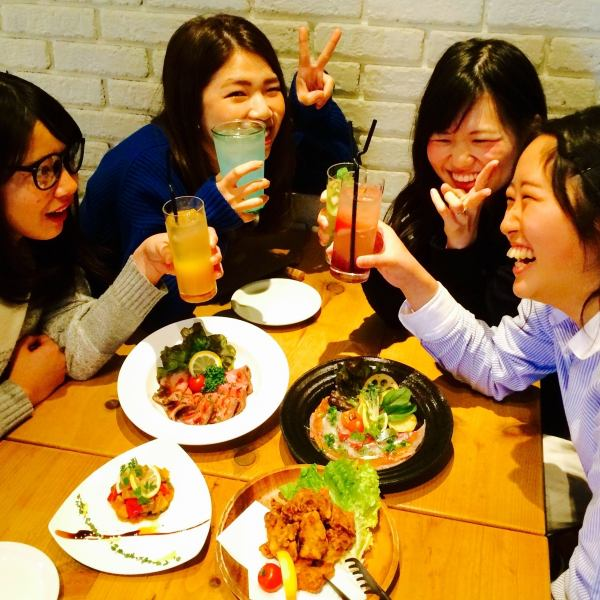"""[SANSARSA × SNS!] There benefits at photo UP! ⇒2 full day of drinks / drink unlimited extension 30 minutes.Could you post to the SNS the fun memories of SANSARA? """"Cheers!"""" Nice benefits gift ★ staff for those photos have been posted of the scene will be happy to be shooting ♪"""