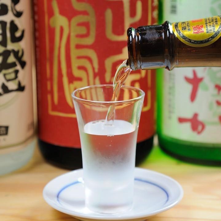 定番のあのお酒や季節替わりの日本酒まで★★