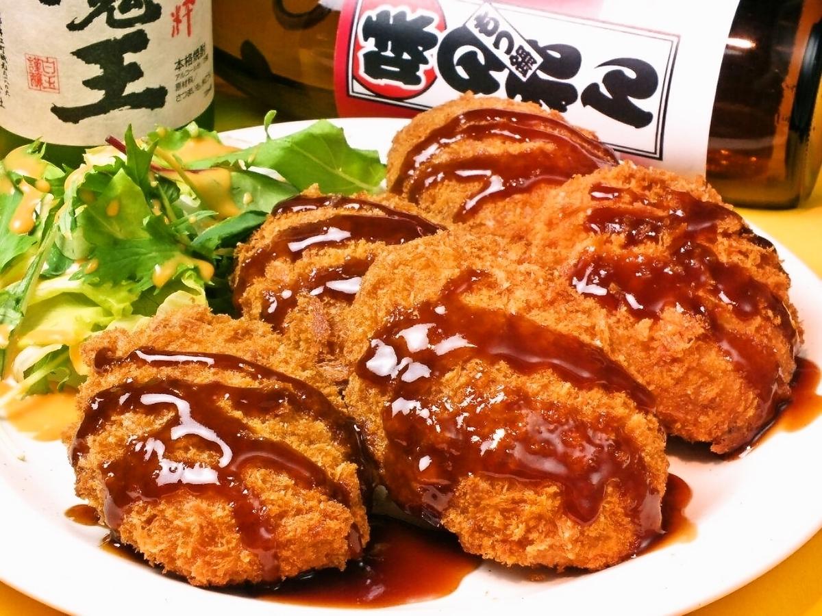 Mega Shenh自制炸肉饼(比平时多5倍)980日元/手工炸肉饼