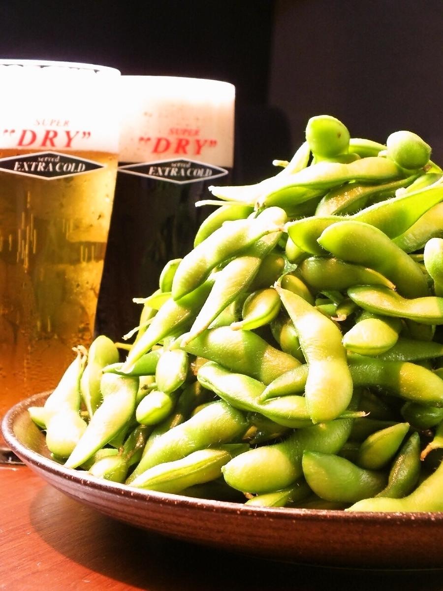 メガ盛 枝豆(通常の5倍の量です)980円(税抜)