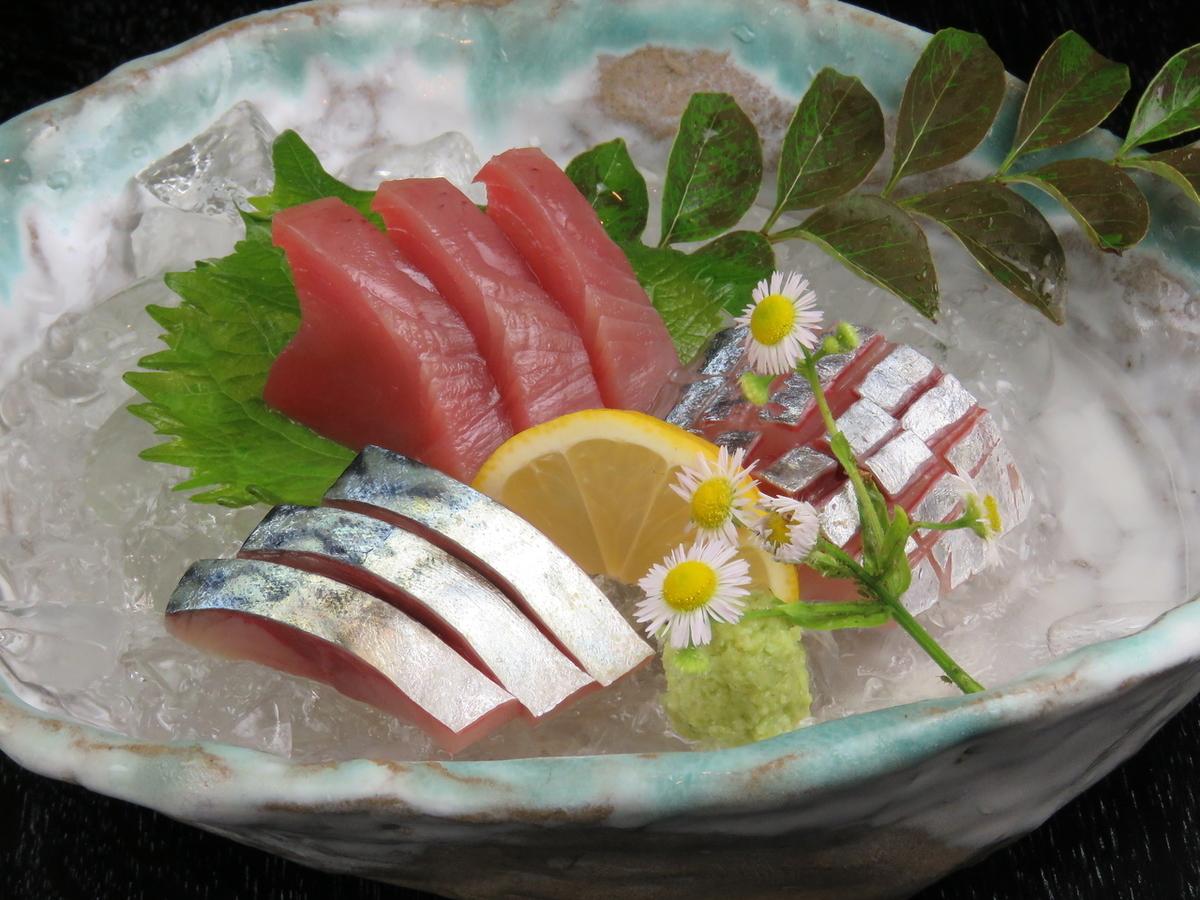 등푸른 생선 三種盛