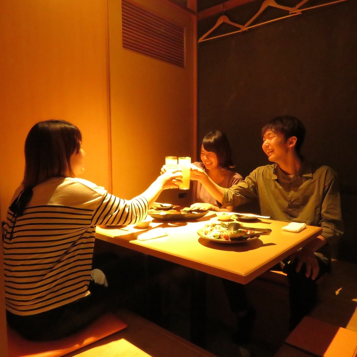 It is a fully-private room where you can enjoy your meal without worrying about ◎ at friends' drinking party, Okinibetsu date