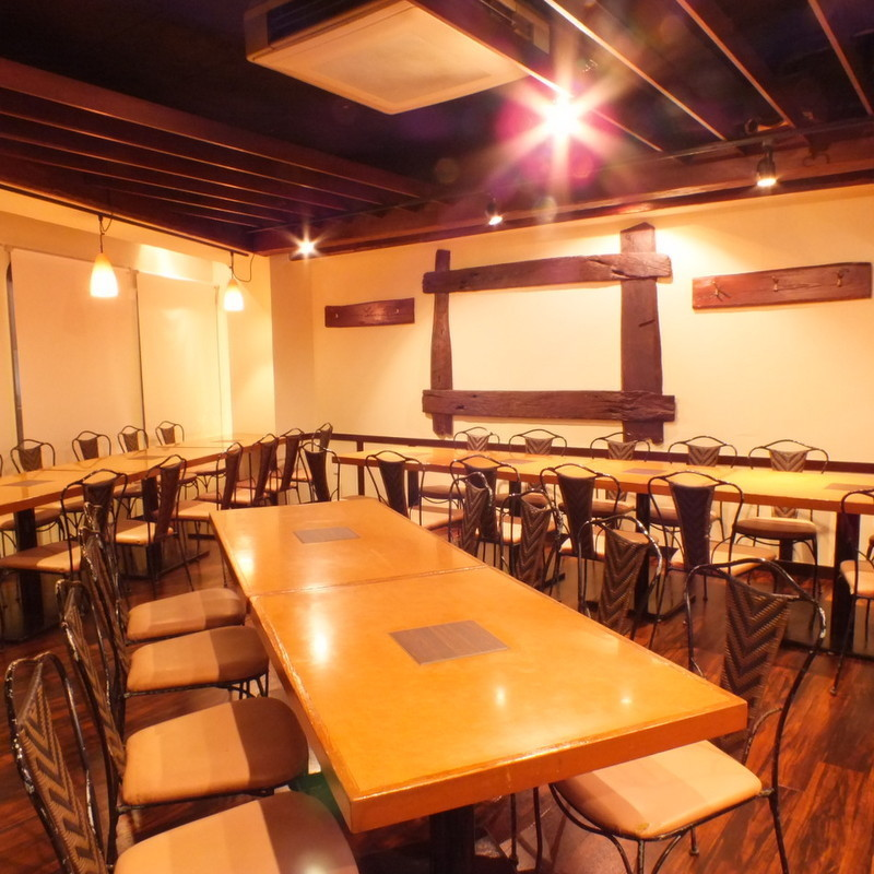 ■ Large private room use: 30-50 people ■ Half-private: 50 people ~ ■ Private room: 80 ~ 100 people