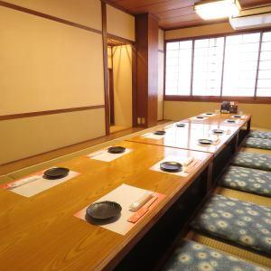 小値賀島【2階:14名様から18名様向け】広々としたお部屋は団体のお客様に重宝されます。