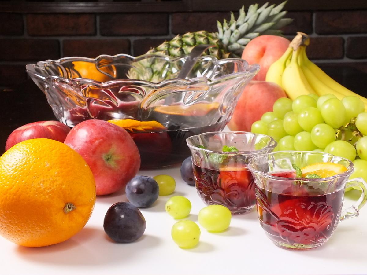 充分自创桑格里酒的新鲜水果