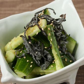 Battle cucumber Salt kelp bukkake