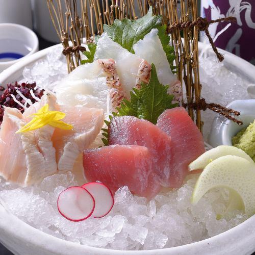 厳選鮮魚の刺身3点盛り合わせ